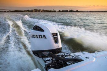 Honda_Marine_BF250_01_Action